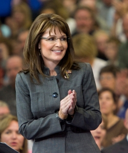 Republican vice presidential candidate Alaska Gov. Sarah Palin spoke at a rally in Waukesha, Wis., at the Center Court Sports Complex on. Oct. 9. Palin is expected to speak at Elon University on Oct. 16. Photo courtesy of Michael Sears/Milwaukee Journal Sentinel/MCT.